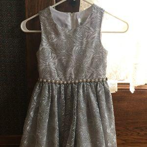 Other - Antique silver gray rhinestone dress size 6x girls